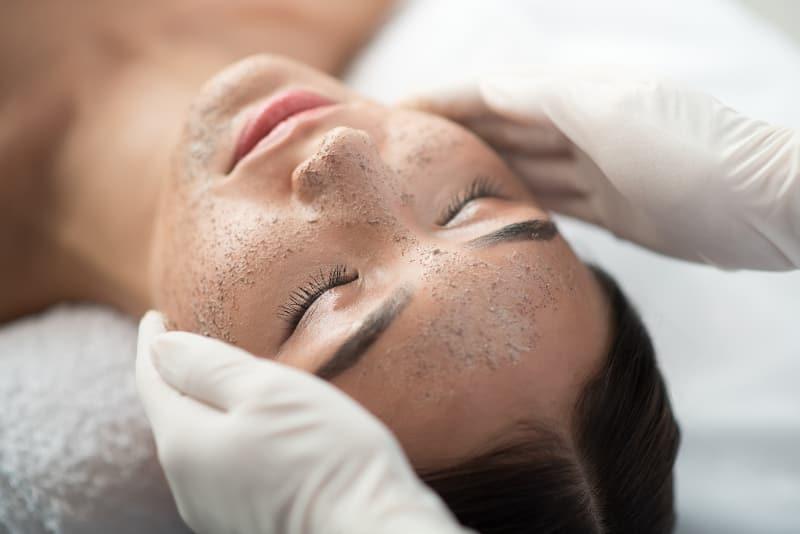 limpieza facial manual clinica obrador